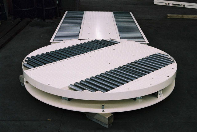 Pallet Conveyors Amp Turntables Products Storcan Canada