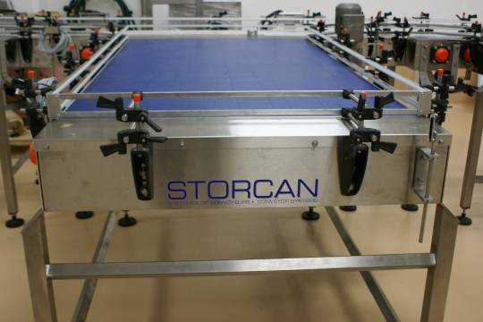 Table d'accumulation 345 - Storcan International